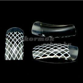 Egyszer használatos körmök, 70db - fekete, rács minta