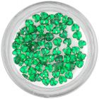 Smaragdzöld körömdísz - szívecske kövek